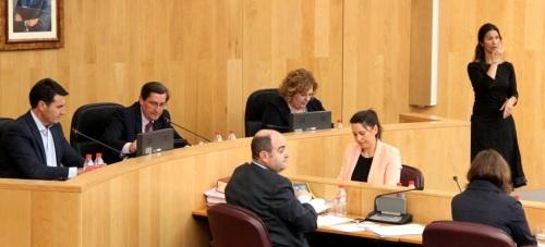 Diputación creará una comisión de investigación para analizar los procesos de acceso a los puestos de trabajo en la institución, sus organismos y empresas