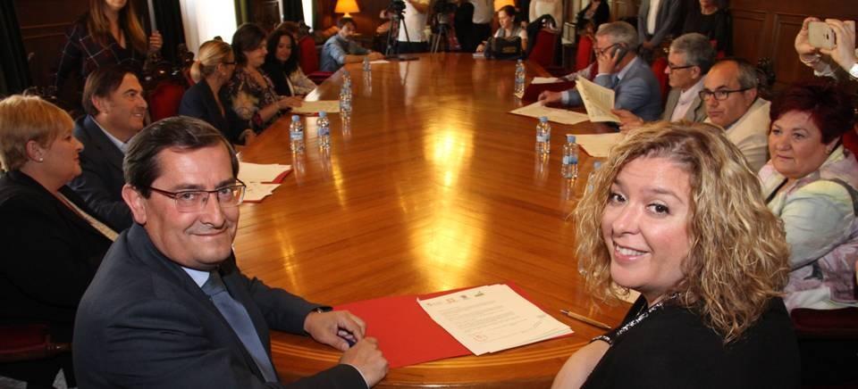 Diputación pone a disposición de los empresarios de la Costa el sistema provincial de mediación y arbitraje