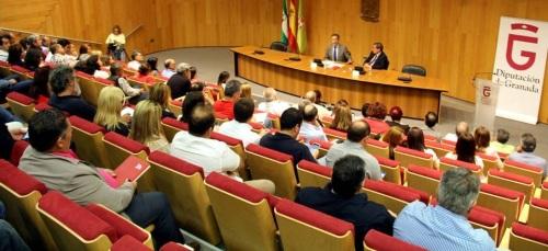 """Diputación promueve la incorporación de los municipios de la provincia al """"pacto andaluz antidesahucio"""""""
