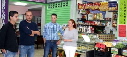 El mercado municipal de salobreña reabre sus puertas al público con una imagen moderna y renovada