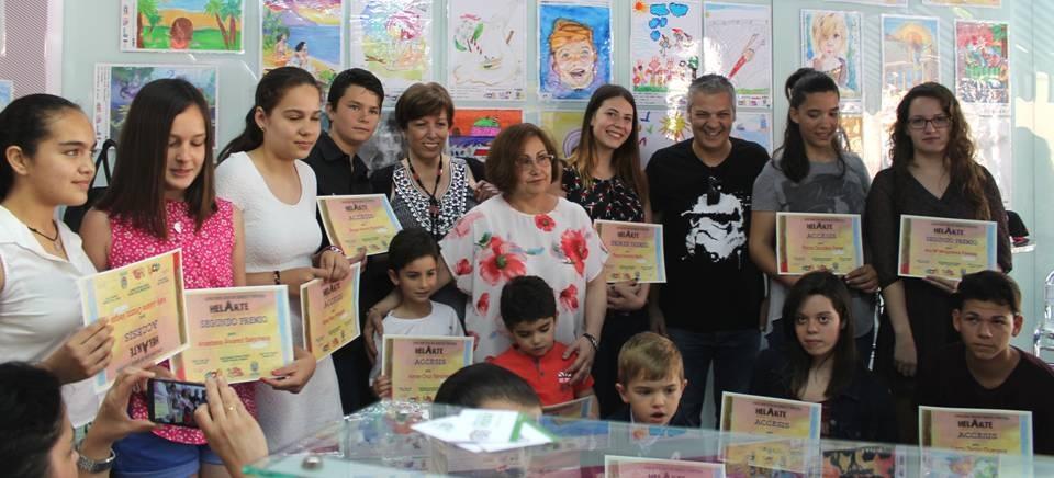 Entregados los premios del 'III Concurso de Dibujo y Pintura HelArte'