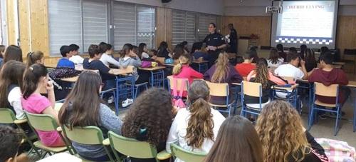 La Policía Local hablará este jueves en el IES Puerta del Mar sobre el acoso escolar y ciberacoso