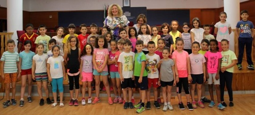 50 escolares del Garvayo Dinelli visitan el Ayuntamiento