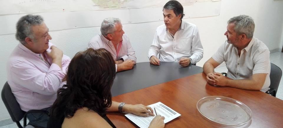 Carlos Rojas garantiza a los regantes la puesta en marcha de las conducciones de Rules de la mano del Gobierno de Mariano Rajoy