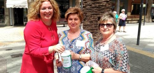 El Ayto. apoya la jornada de cuestación de la AECC en las principales calles y plazas de la ciudad