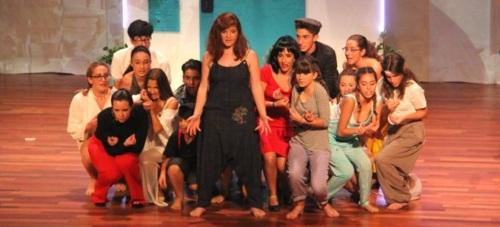 Elenco Teatro presentó el musical 'Mamma Mía' en la Casa de la Cultura de Almuñécar