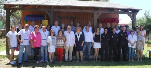La alcaldesa de Motril junto al profesorado del colegio Luis Pastor