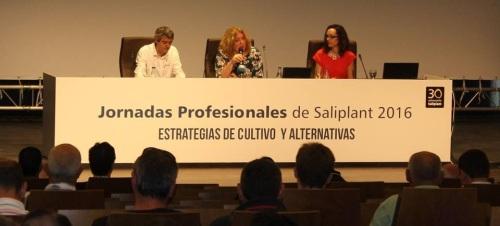 La alcaldesa inaugura las Jornadas Profesionales de la empresa Saliplant