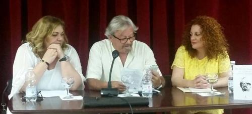 Mª Eugenia Rufino presenta el libro de poemas 'El recuerdo nunca duerme' de José Luis López Enamorado