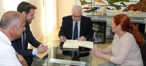 Salobreña contará con casi 414.000 euros para los planes de empleo con los que se contratará a 51 desempleados