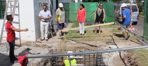 El Ayto. de Almuñécar mejora la accesibilidad de las viviendas del Centro de la Tercera Edad