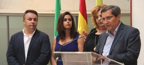 Entrena 'Hemos vuelto a poner la institución al servicio de los ayuntamientos'