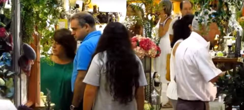 Este sábado se celebra en Almuñécar la primera 'shopping night' del verano