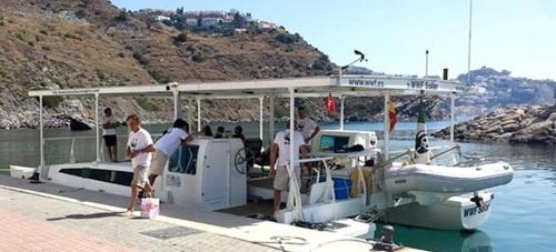 La campaña embárcate con WWF solar llega Almuñécar y Marina del Este