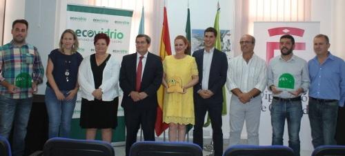 Más de 200 bares de la Costa participan en en una campaña para aumentar el reciclado de vidrio