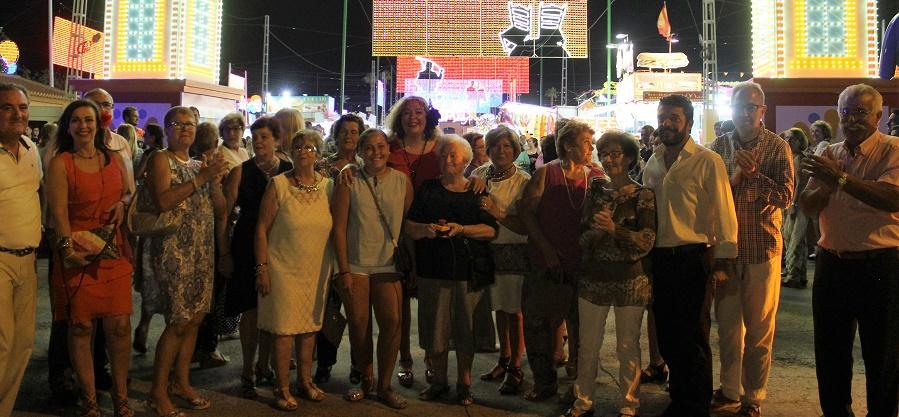 Comienza la Feria con el encendido del alumbrado y los actos del Día del Mayor