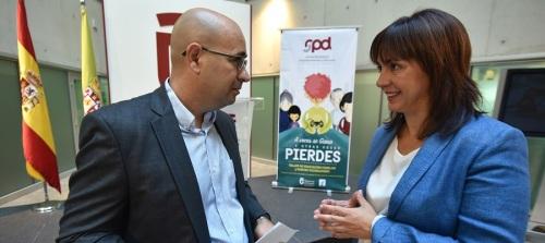 Diputación lleva a 69 municipios de la provincia un taller de Educación Familiar y Nuevas Tecnologías