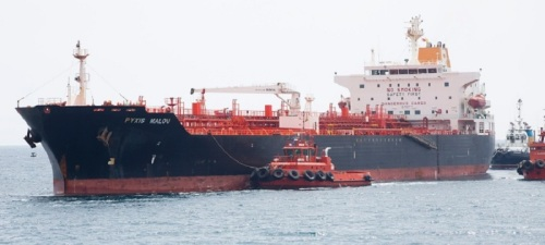 El dragado del puerto de Motril se estrenó con un buque de 12 m de calado
