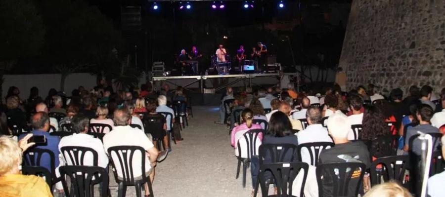 La Blues Band de Granada puso el broche al III Festival de Blues de La Herradura