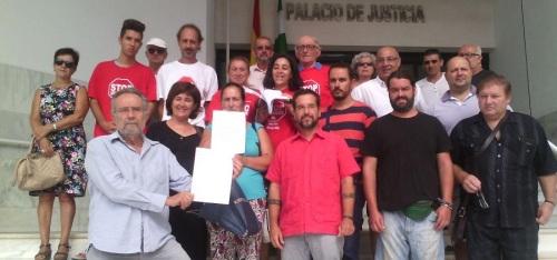 Visita a los juzgados de Pedro Arrojo y Sergio Pascual en relación al desahucio de Vanesa y Omar