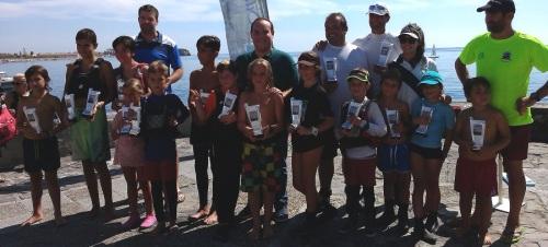 una-quincena-de-regatistas-participan-en-el-i-trofeo-playas-de-salobrena
