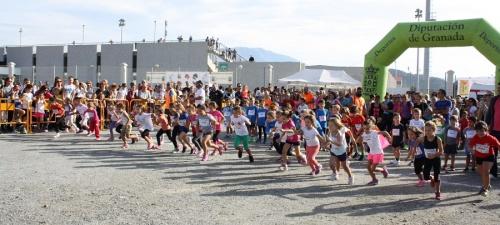600-atletas-participan-en-el-i-cross-escolar-villa-de-salobrena