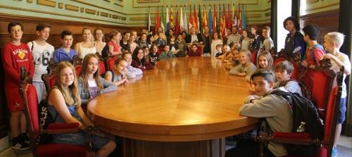 la-alcaldesa-recibe-en-el-ayto-a-39-alumnos-alemanes-de-intercambio-con-estudiantes-del-ies-giner-de-los-rios