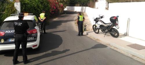 la-policia-local-de-motril-recupera-mas-de-170-kilos-de-aguacates-en-el-acceso-a-una-finca-de-la-zona-norte-de-la-ciudad