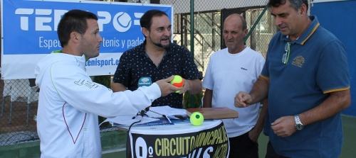 los-mejores-tenistas-de-la-costa-llenaran-las-pistas-motrilenas-para-disputar-el-viii-circuito-municipal-de-tenis
