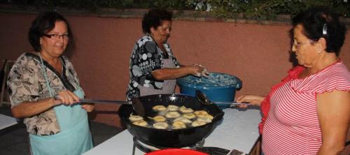 torrecuevas-celebra-hoy-su-dia-grande-de-la-56a-fiesta-de-la-chirimoya-con-la-procesion-de-la-virgen-madre