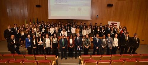 un-centenar-de-jovenes-de-18-paises-participan-en-la-diputacion-en-una-simulacion-de-las-instituciones-europeas