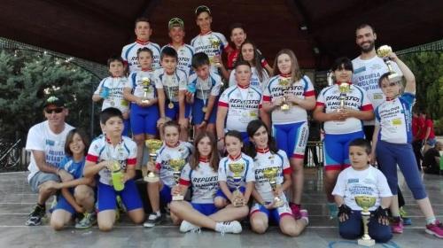 el-club-ciclista-almunecar-vuelve-a-brillar-en-el-circuito-provincial