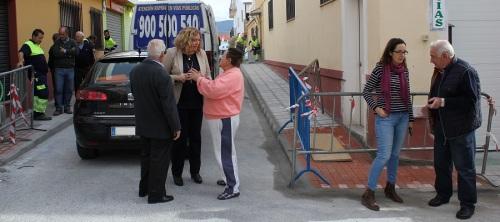 la-alcaldesa-visita-las-obras-de-mejora-de-la-calle-padre-isla