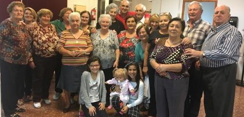 los-mayores-de-motril-disfrutan-de-las-tradicionales-castanadas-organizadas-por-el-area-de-servicios-sociales