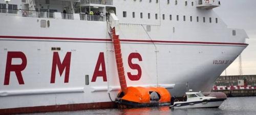 nuevo-simulacro-de-un-ferry-de-armas-en-el-puerto-de-motril