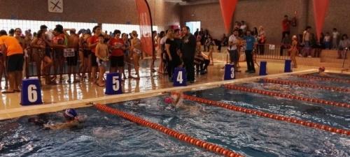 400 nadadores han participado en Salobreña en la segunda prueba del circuito de Diputación