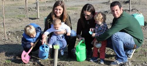 63-familias-participan-en-una-nueva-plantacion-del-bosque-de-la-vida