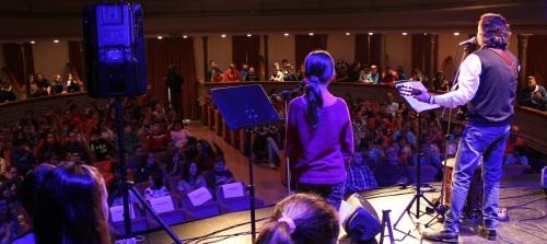 alumnos-de-6o-de-primaria-celebran-el-dia-de-los-derechos-humanos-con-un-concierto-y-recital-de-poemas