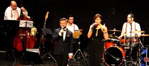 La Big Band Atarfe ofreció anoche en Almuñécar un gran concierto