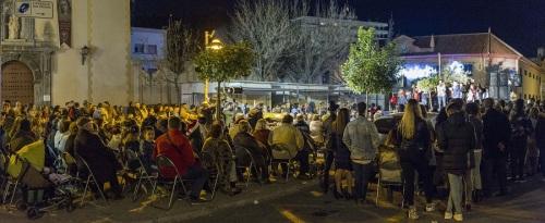 la-plaza-de-san-agustin-de-motril-llena-de-asistentes-a-la-zamboba-flamenca
