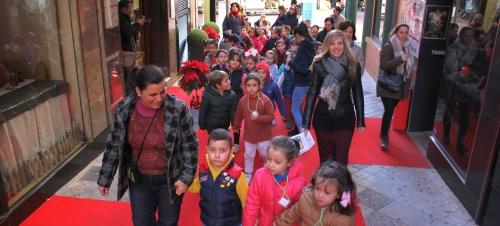 los-escolares-de-motril-disfrutan-de-las-calles-del-centro-dentro-del-programa-la-ciudad-de-los-ninos