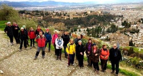 senderistas-sexitanos-hicieron-la-ruta-fuente-de-aynadamar-albaicin