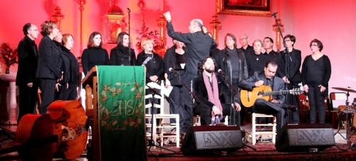 el-turry-triunfo-anoche-con-su-misa-flamenca-celebrada-en-la-iglesia-de-la-encarnacion-de-almunecar