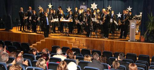 La Banda de Música de Almuñécar felicitó el Año Nuevo con su tradicional concierto en La Herradura.png