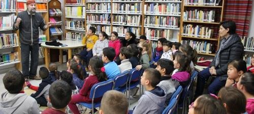 alumnos-de-primaria-del-ave-maria-varadero-participan-en-la-actividad-tres-con-libros-para-jovenes