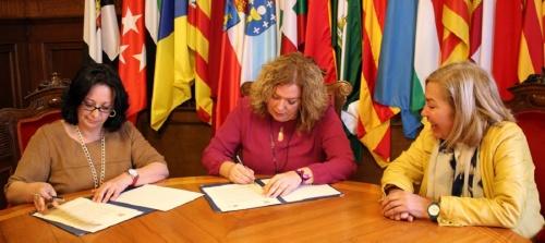 ayuntamiento-y-union-de-profesionales-y-trabajadores-autonomos-de-andalucia-firman-un-convenio-de-colaboracion