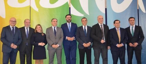 convenio-para-reforzar-la-promocion-y-la-marca-turistica-de-calidad-andalucia