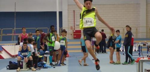 dario-bruzon-se-clasifica-en-salto-de-longitud-para-el-campeonato-de-espana