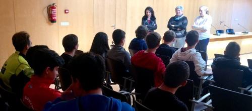 La inminente apertura de la Casa de la Juventud de Órgiva resolverá las demandas de los jóvenes del municipio.jpg
