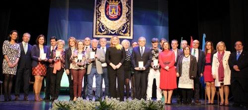 motril-entrega-sus-medallas-de-oro-y-los-titulos-de-hijos-predilectos-de-la-ciudad-en-el-dia-de-andalucia